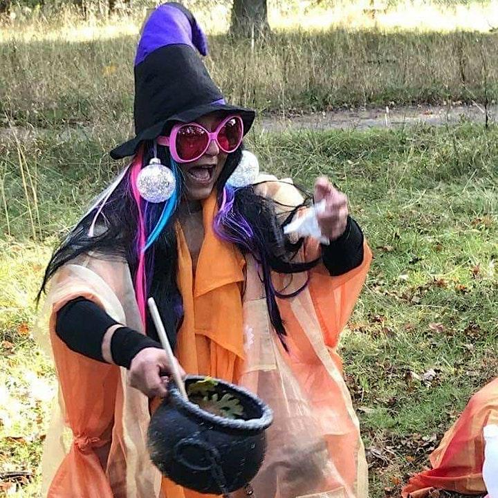 Bilingual Mus: Witch Fifi  image