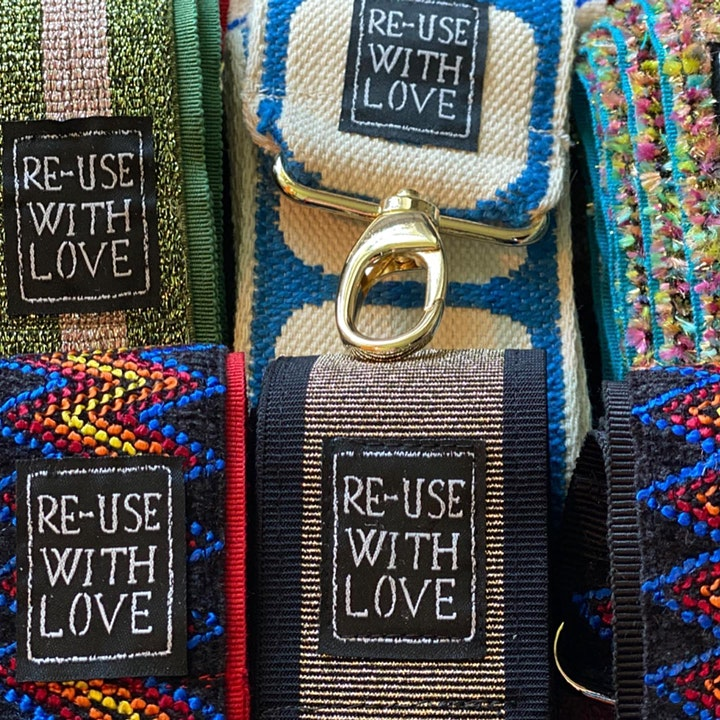 Immagine Reuse With Love Odv - Red Carpet Vintage Market