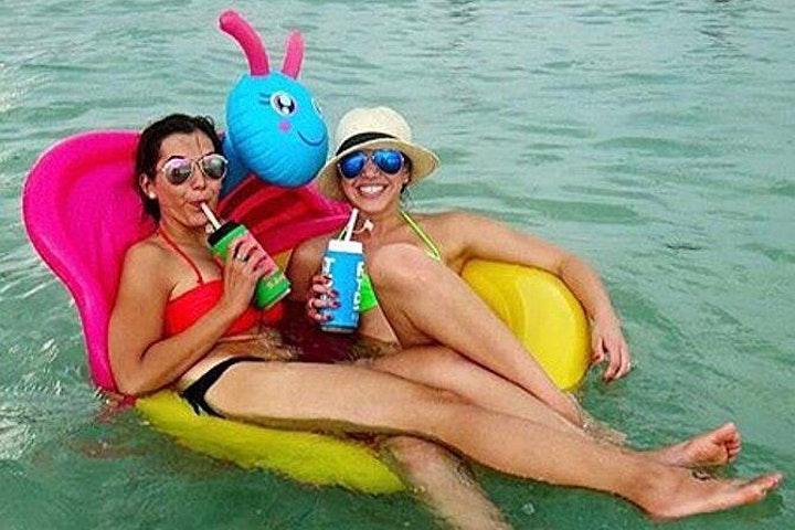 Float Up Concerts in Medano Beach! image