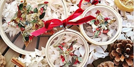 *CHRISTMAS CRAFT WORKSHOP* Festive Floral Hoop Making Evening tickets