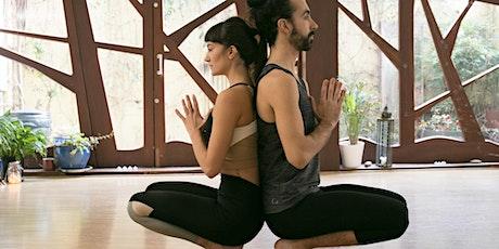 Vinyasa yoga in English biglietti