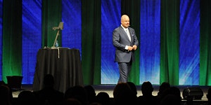 ERIC WORRE: THE NETWORK MARKETING PROFESSIONAL BOOT...