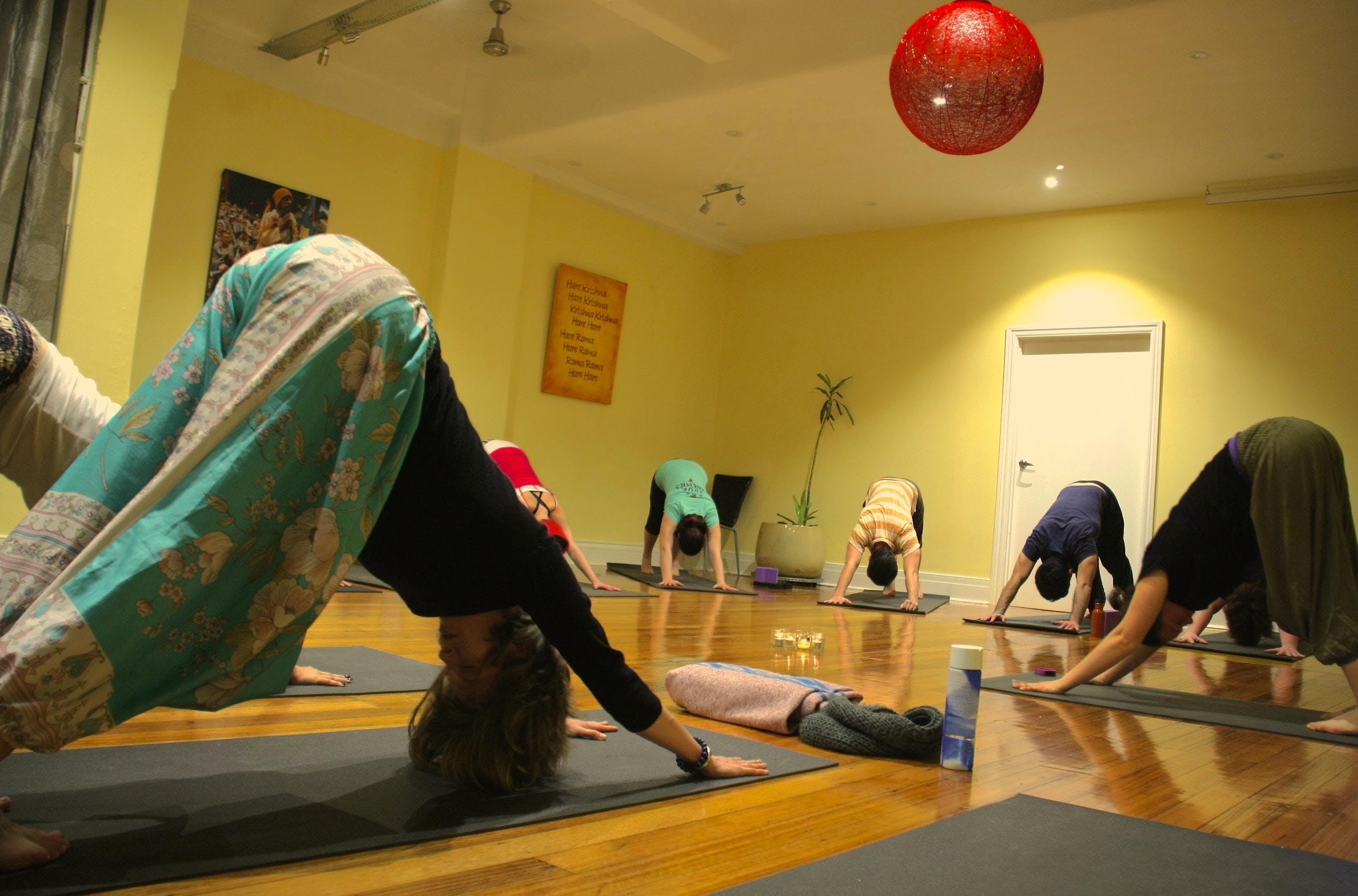 Asthanga with Prabhava: Monday sessions
