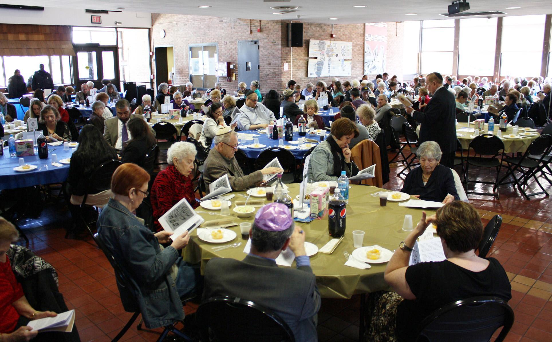 Kupferberg Holocaust Center Annual Holocaust