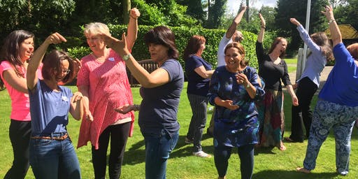 Laughter Yoga Teacher Training with the Laughter Yoga Master Trainer, London / Hemel Hempstead