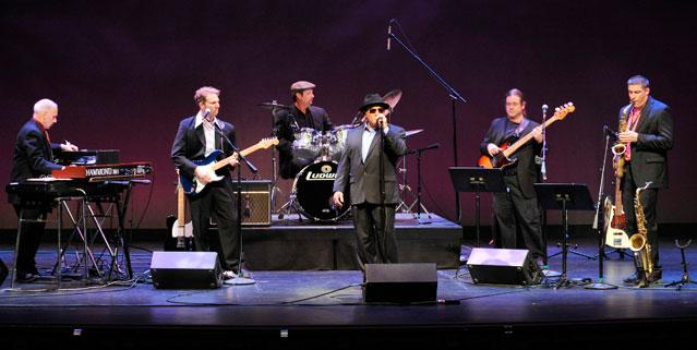 MOONDANCE - THE ULTIMATE VAN MORRISON TRIBUTE