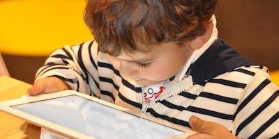 Impara l'inglese giocando con il digitale (dai 3 ai 6 anni)