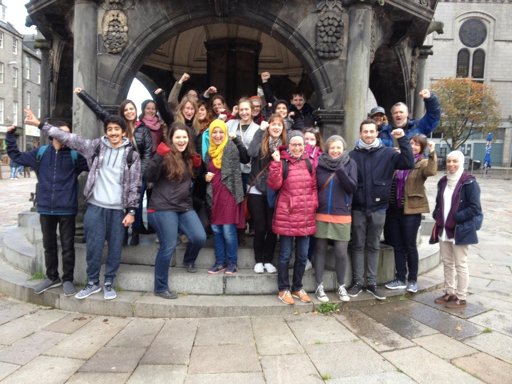 Aberdeen City Centre Free Walking Tour with S