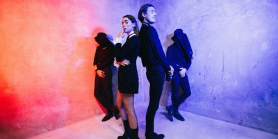 CONFIDENCE MAN (single launch)