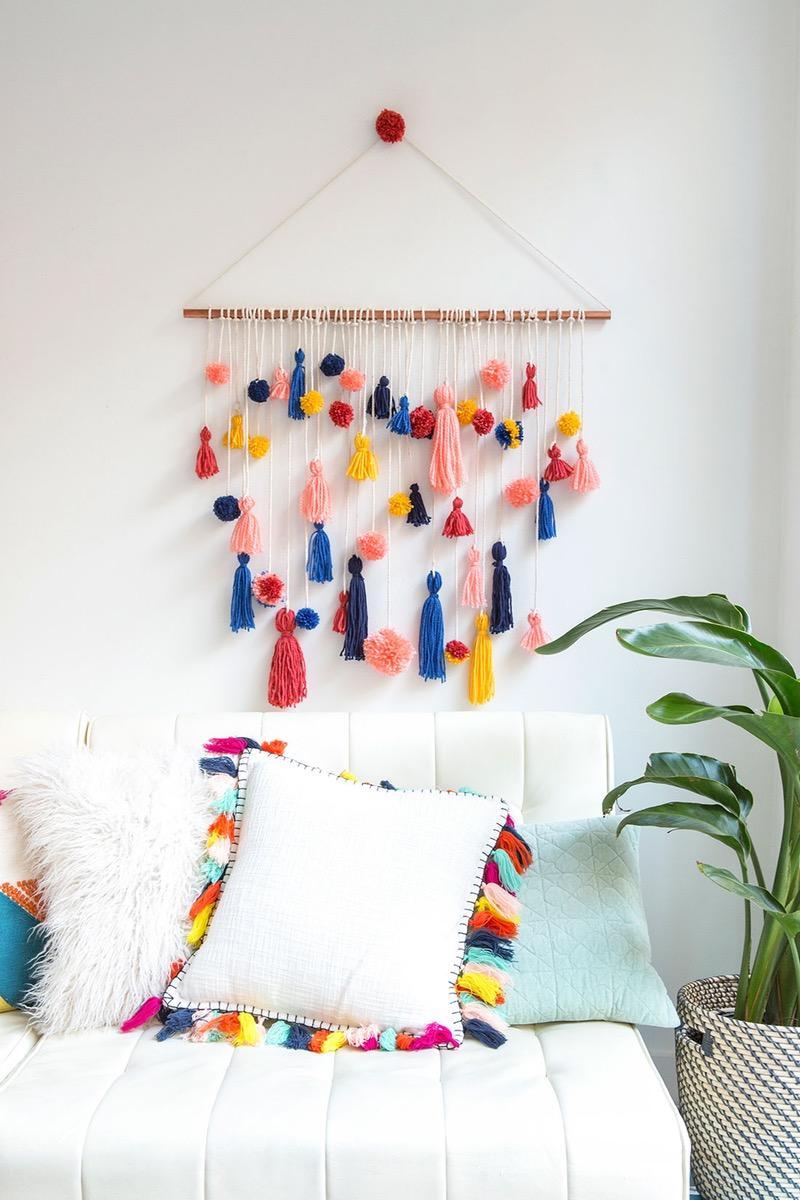 Pom Pom Wall Hanging Workshop w/ Erica Fink