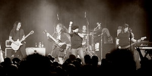 Live Wire: The World's #1 AC/DC Tribute Live at New...