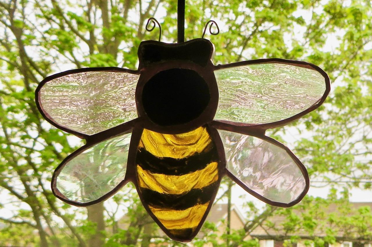 'Honeybee Light Catchers' Caryl Hallett stain