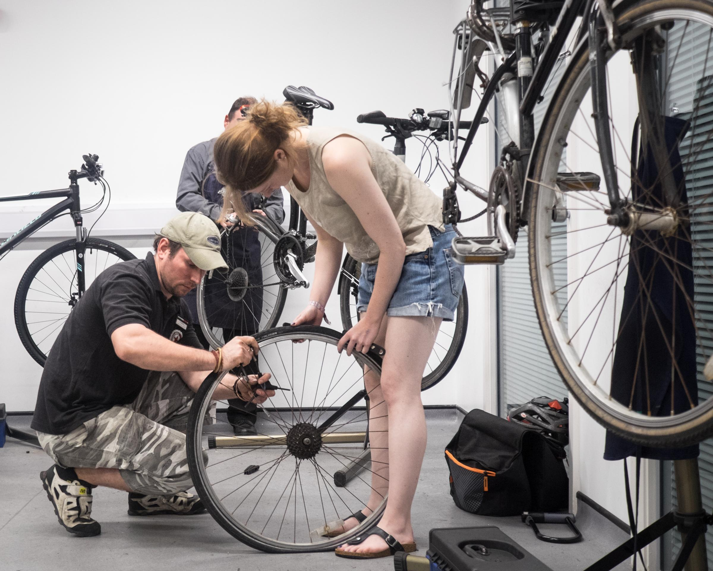 Intermediate bicycle maintenance [Central Man