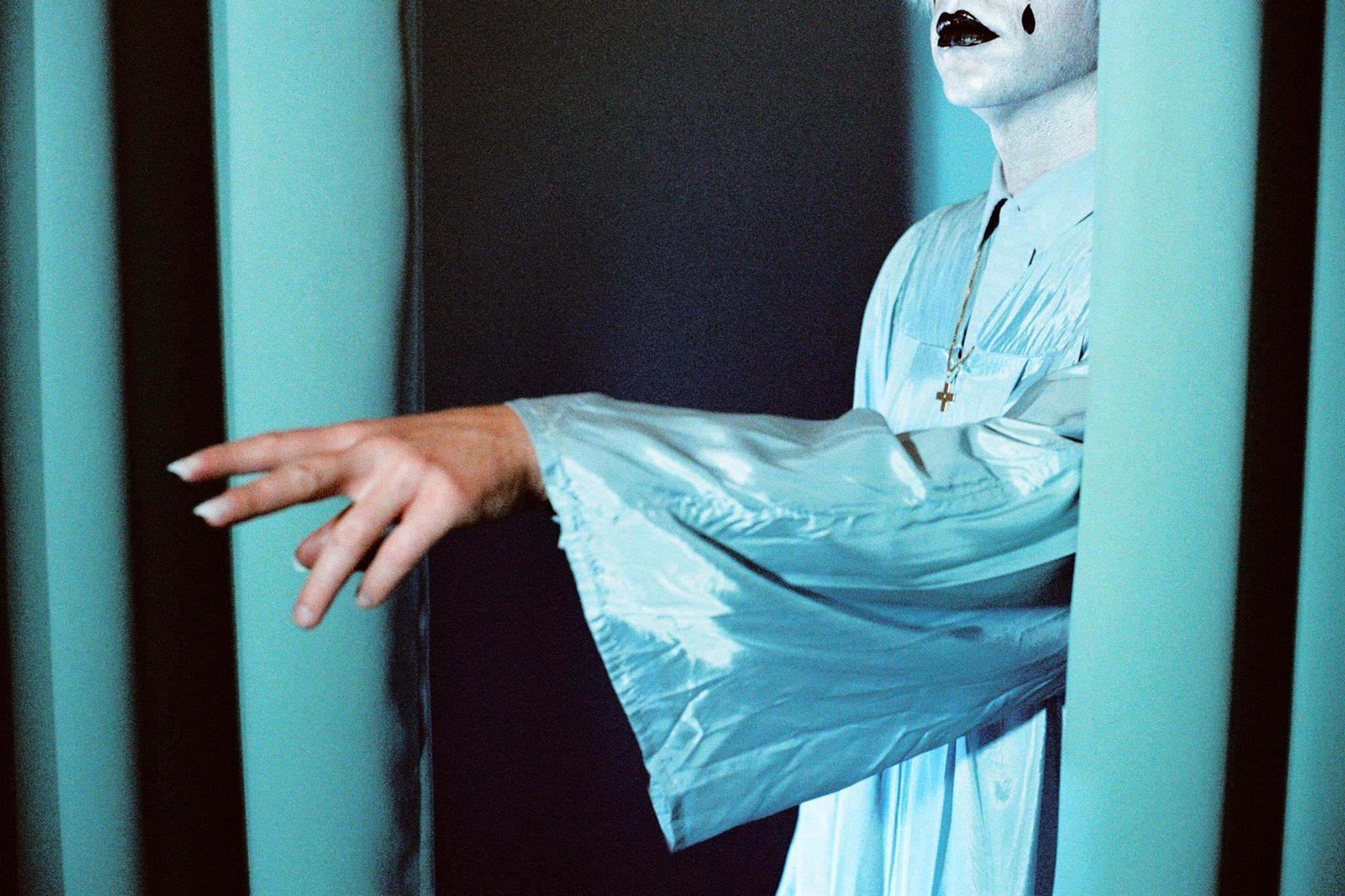 Drab Majesty w/ Spit Mask & SRSQ