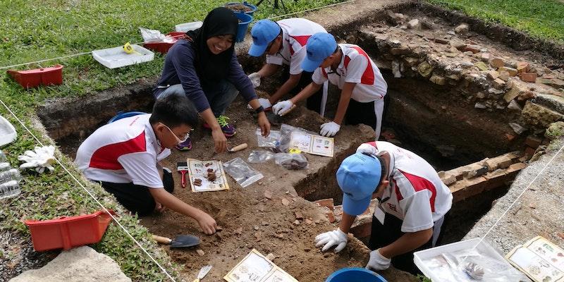 Fort Cornwallis Young Archaeologists' Programme