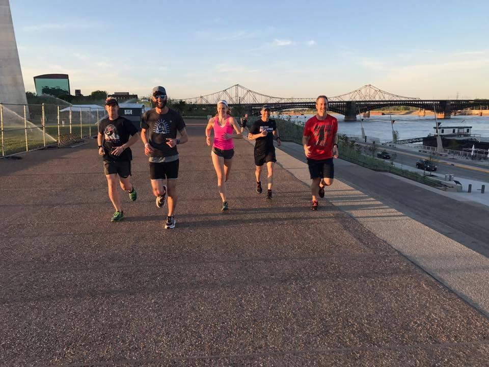 4 Hands Brewery to the Arch Run/Walk