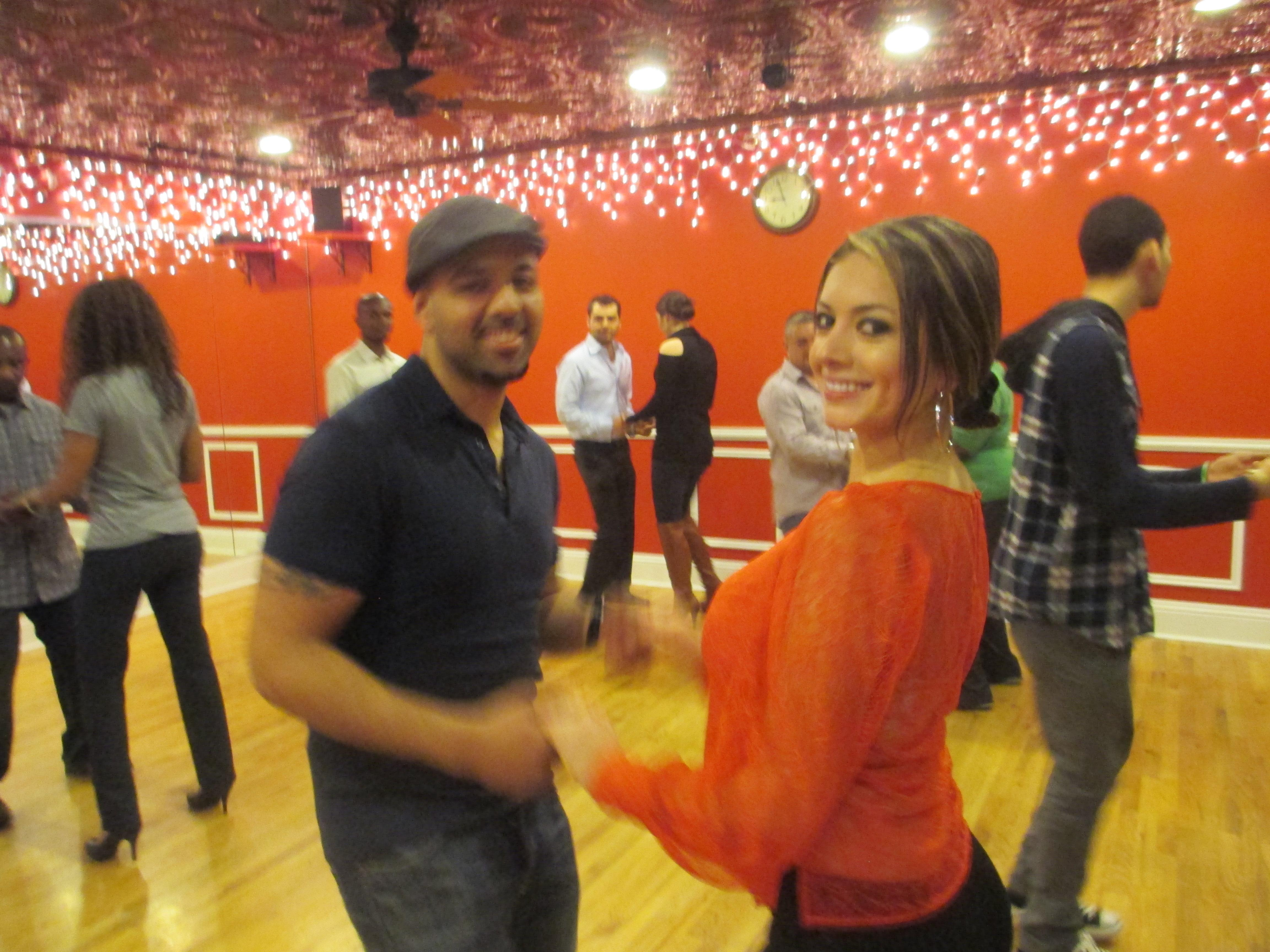 Salsa Dance Classes Brooklyn for FREE