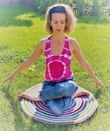 Astrid-Yoga  logo