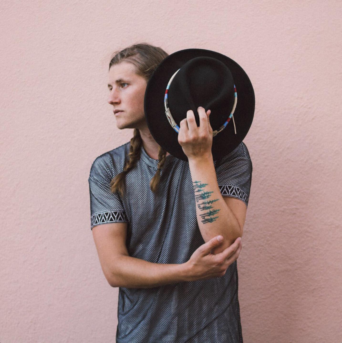 Lostboycrow with Prelow: Spin The Globe Tour
