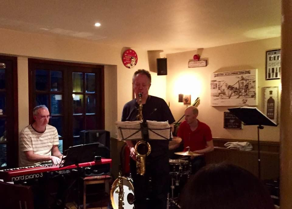 Andy Bowie Quartet plays modern jazz