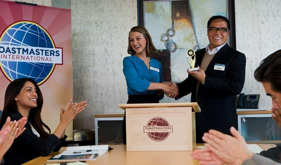 Parlare in pubblico a Torino - Toastmasters T