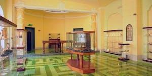 Visita guidata al Museo del Corallo - Collezione...