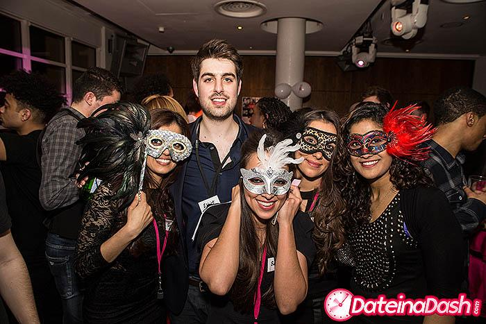 **FREE TICKETS** Singles Night Out & Cocktail @ The Roof Gardens (21-40)