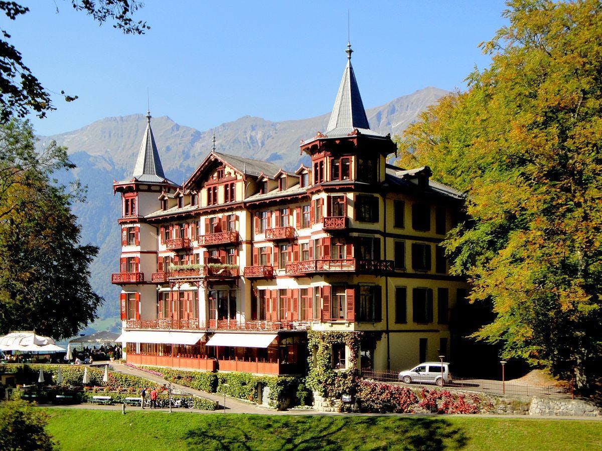 6 Tage Yoga im Belle Epoque Grand Hotel, Wandern + Erholen in Brienz, Schweiz