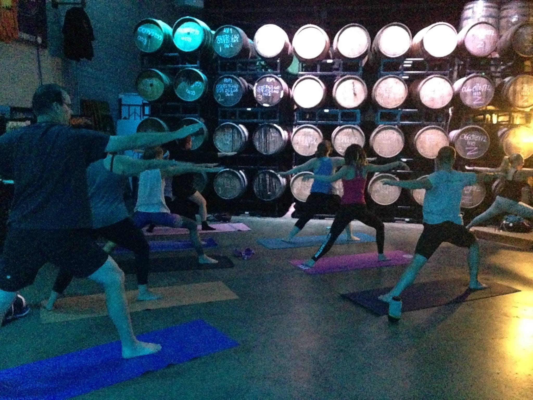 OMmonday Yoga (Ale-N-Asana)