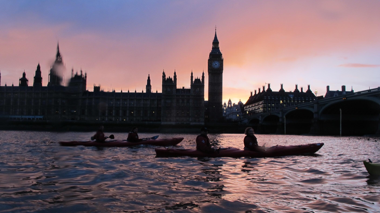 Night Bus (Kayak London by Night Battersea to