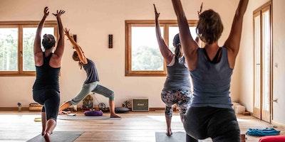 The Blooming Self Easter Yogaweek / Oster Yogawoche