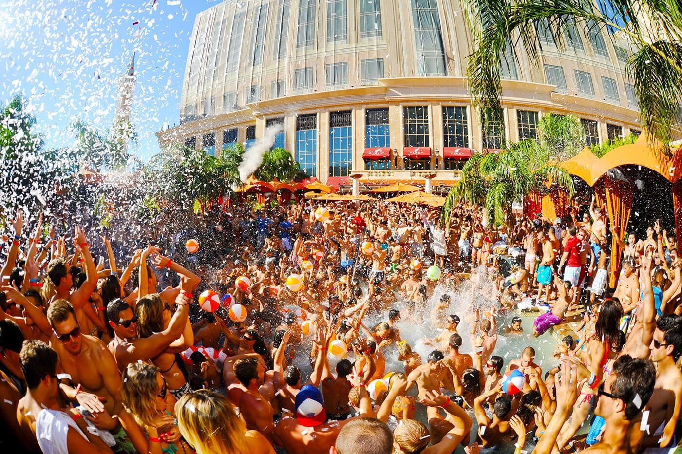 Tao Beach Club Epic Saays Open Bar For Las