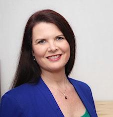Carolyn Verhoef - Outside the Box Organisation Solutions logo