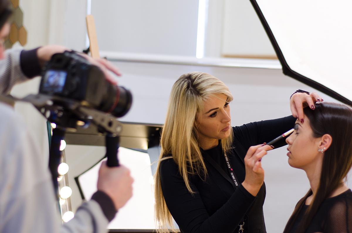 Diploma in Makeup and Skincare, Free Pro Brush set, Cork