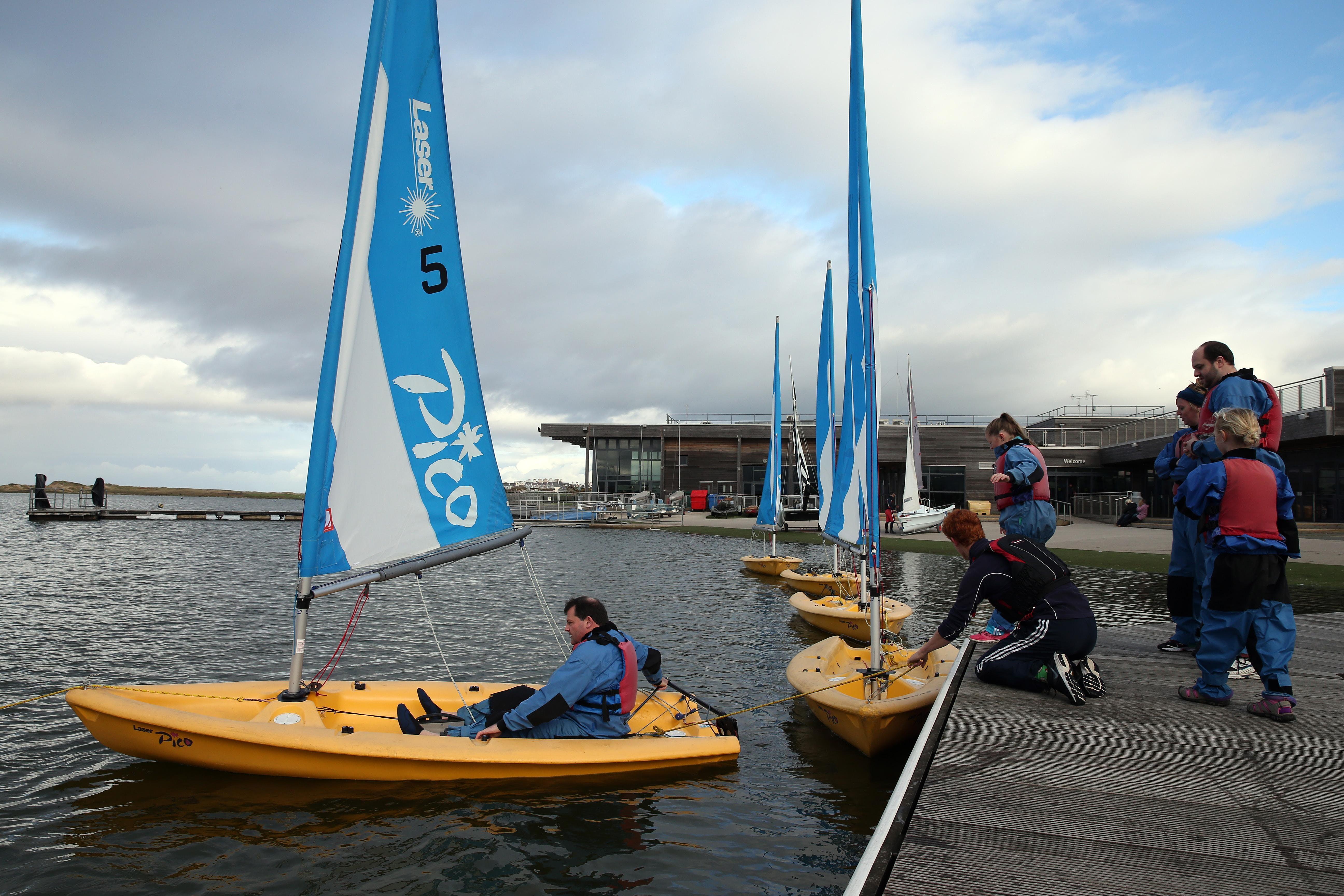 Intro H2O - Sailing