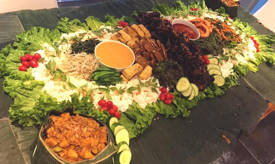Liwetan - Javanese Ritual Feast from Indonesi