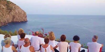 Vacanza yoga a Ischia - Chakra: energia individuale, energia universale