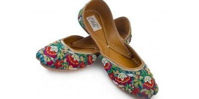 Get the Beautiful designer juttis in india