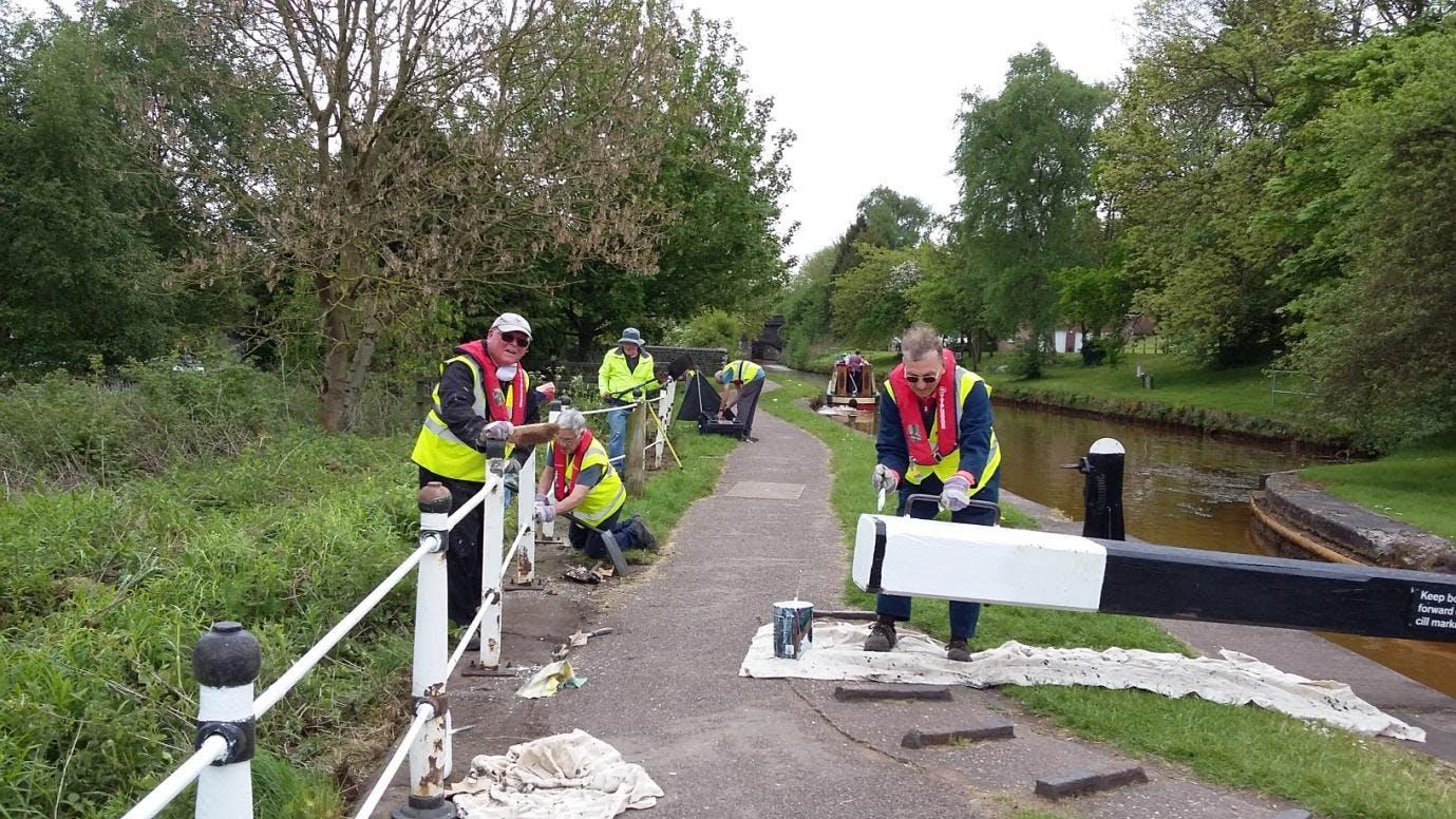 IWA Cheshire Locks Canal Cleanup