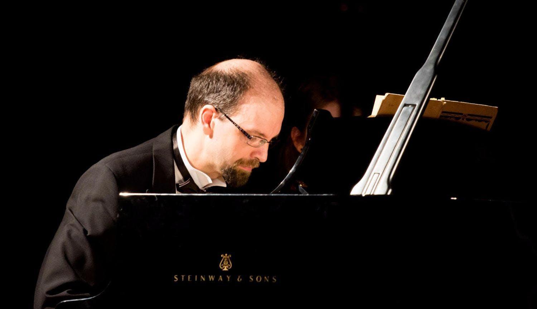 Piano Recital by HRISTO KAZAKOV: Music by BAC