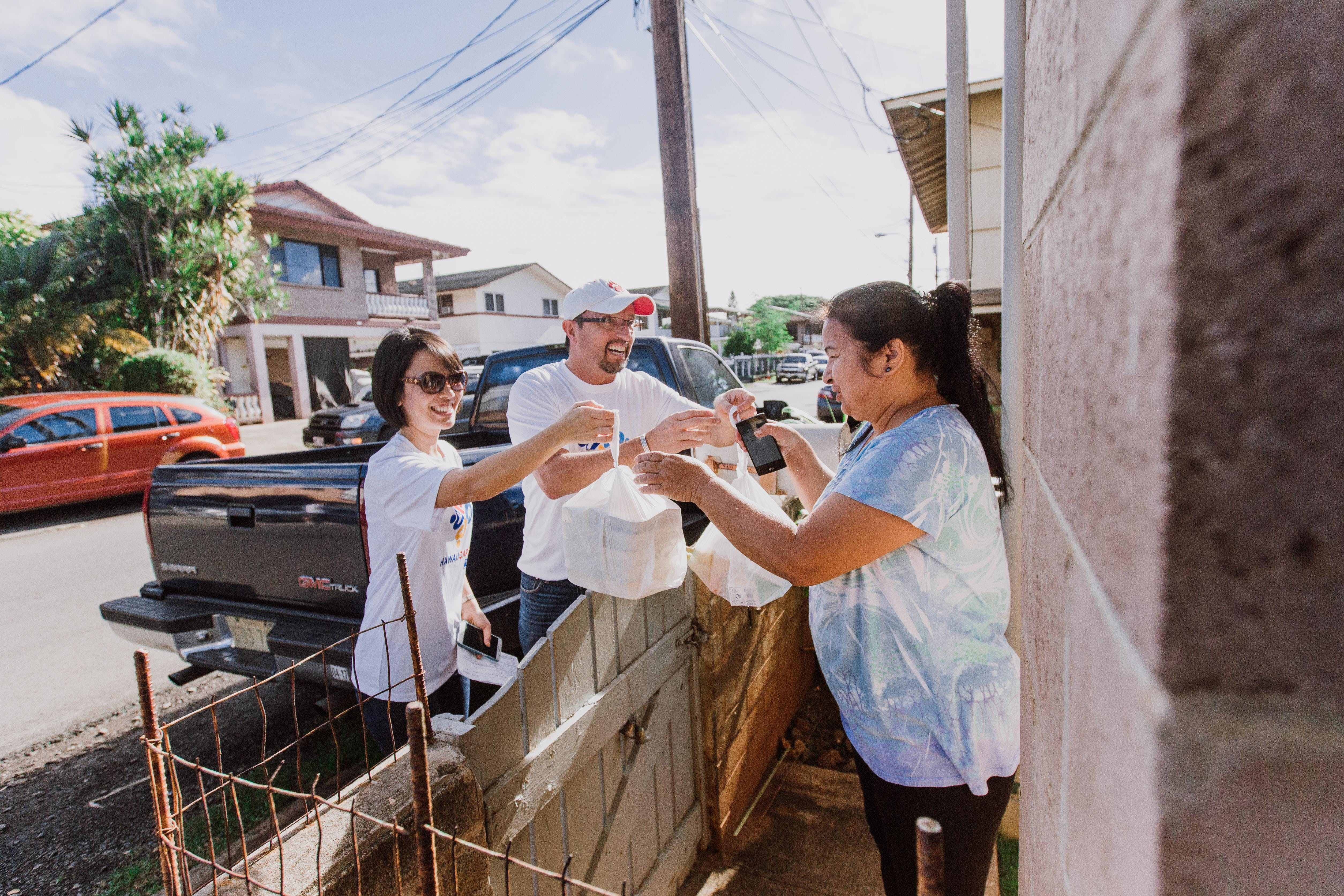 Hawaii Cares Day of Action Volunteer Opportun