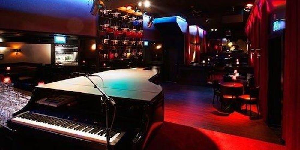 Haunted (Greenwich Village) Piano Bar Pub Crawl & Walking Tour! Starting at Julius's Bar
