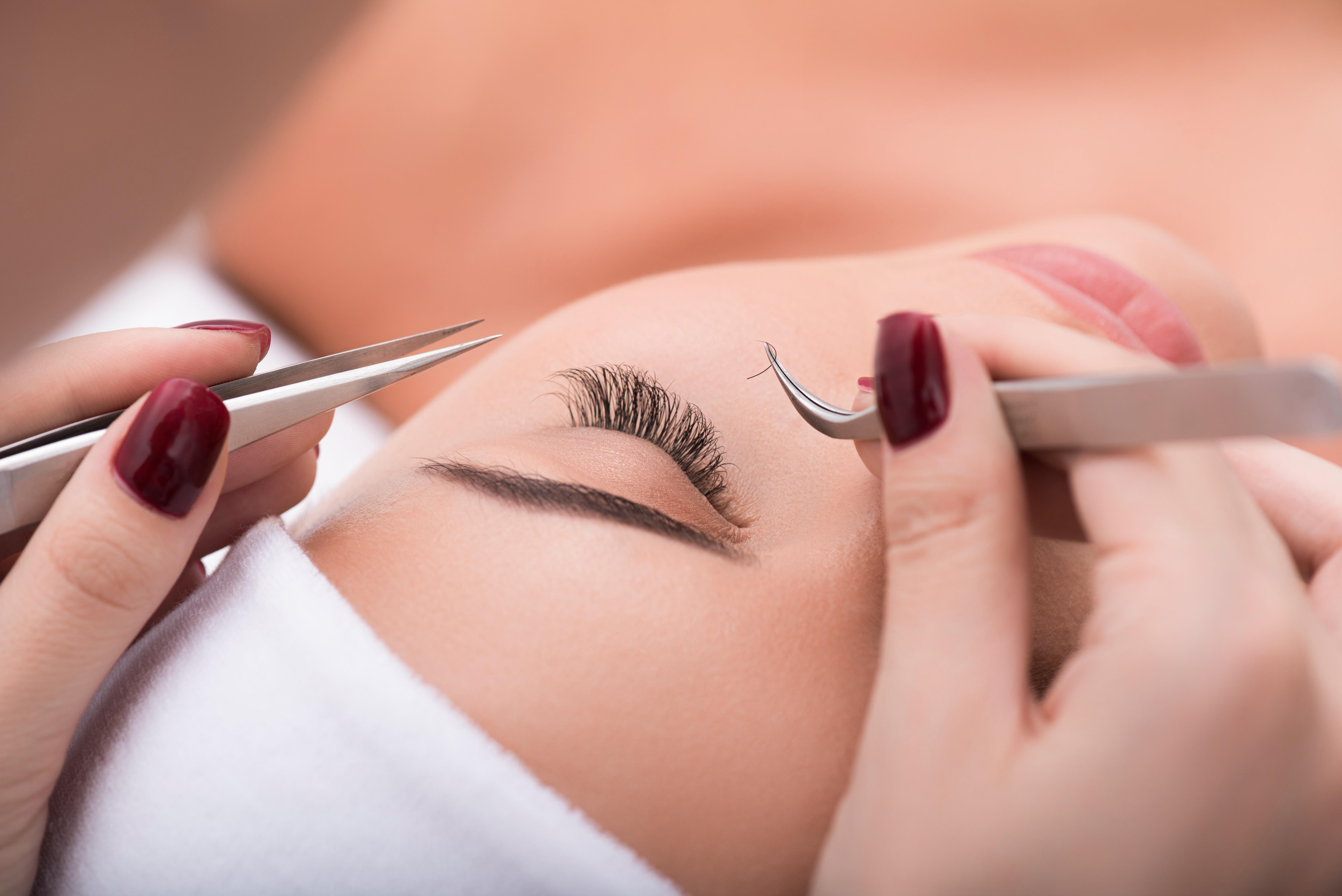 Los Angeles Classic Eyelash Extension Certification 5 Jul 2018