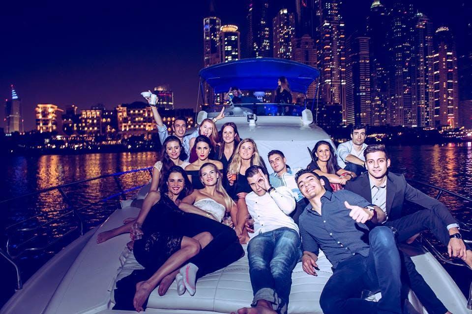 YACHT PARTY CRUISE (Miami @ Night )