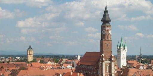 Turmführung Basilika St. Jakob: Das Gäubodenvolksfest von oben