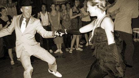 C Jam - swing dance class & club