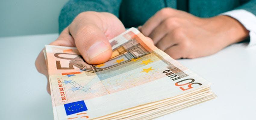 Crédit Entre Particuliers est un spécialiste du crédit à la consommation en France, qui vous accompagne au quotidien dans chacun de vos projets et vous propose une solution de Financements adaptée !