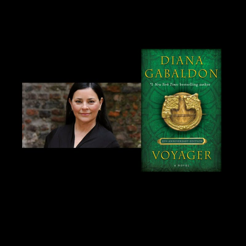 Diana Gabaldon signs VOYAGER: 25th Anniversary Edition