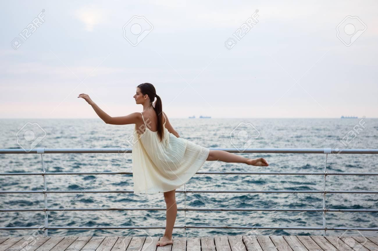 Hot Booty Ballet by the water