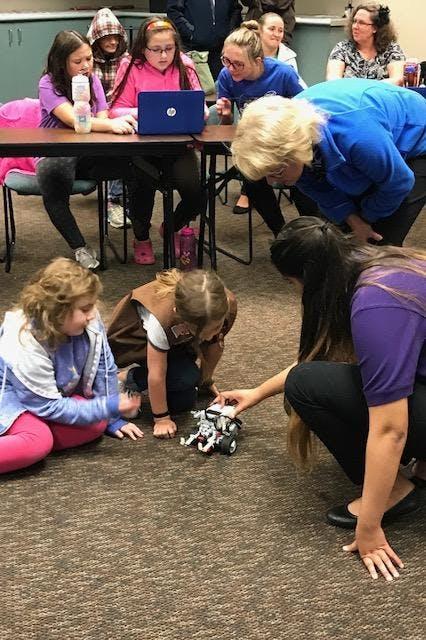 Brownie Robotics Workshop- Badges 1, 2, 3 (Sep 22 2018), Tempe, AZ